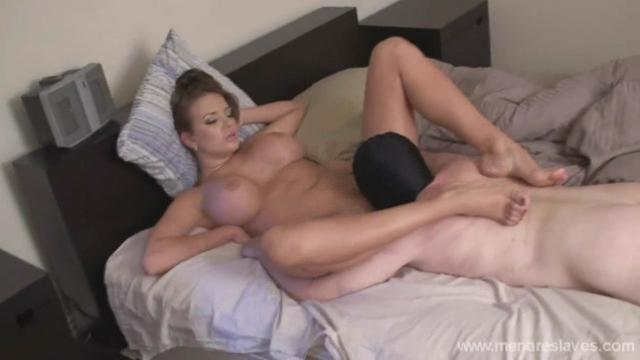 menare slaves Oral First Thing In The Morning